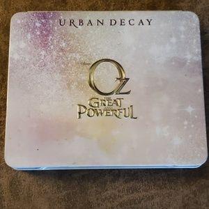 Urban Decay Glinda Palette, Great Powerful Oz Eye